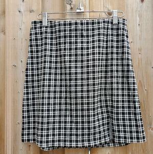 BNWT H&M Black & White Houndstooth Mini Skirt